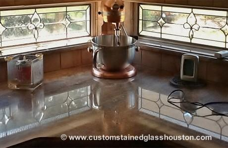 custom-stasined-glass-in-the-kitchen-large