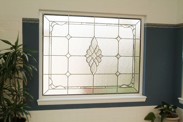 Stained glass houston experts custom stained glass houston for Bathroom window glass options